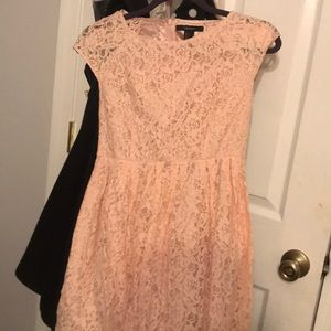 Forever 21 baby pink lace dress short sleeve